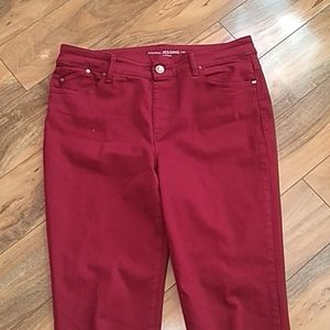 Chico's Platinum jegging red 0.5